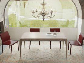 Ručne vyrábaný masívny jedálenský stôl BRENETA.