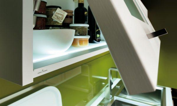 Detail úchytky zásuvky kuchyne ELITE.