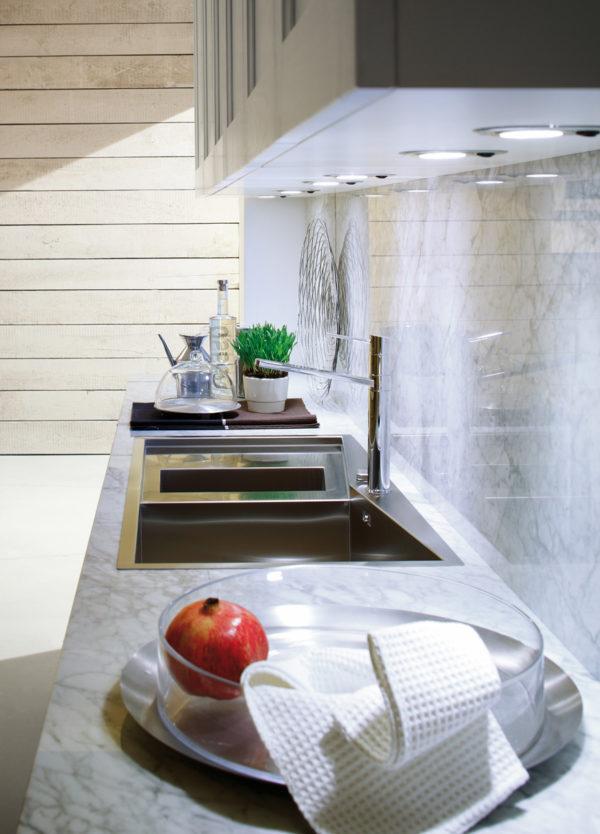 Úložný systém zásuvky kuchyne ELITE.Variabilný úložný priestor.