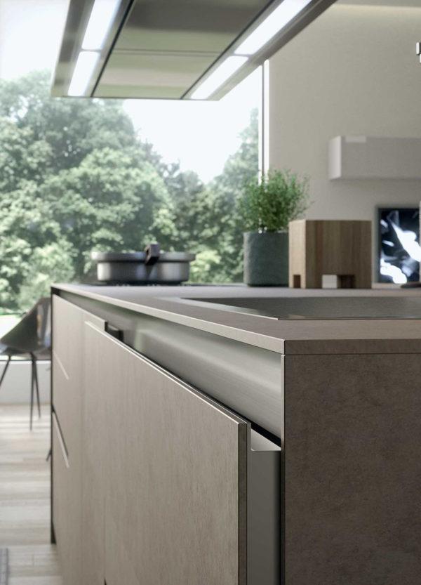 Moderná kuchyňa MYGLASS je špecifická sklenými dvierkami