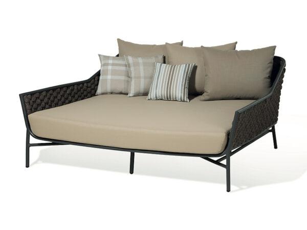 dvoj posteľ záhradný nábytok