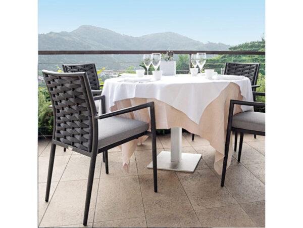 Exteriérová stolička k jedálenskému stolu