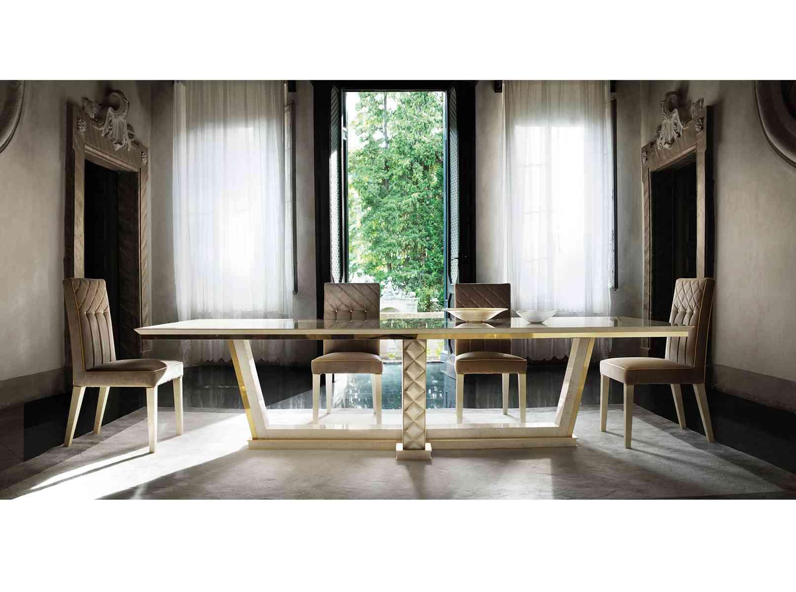 Jedálenský stôl a stoličky SIPARIO